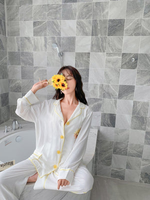 SOFITTE White Daisy Pajamas Set | MADA IN CHINA