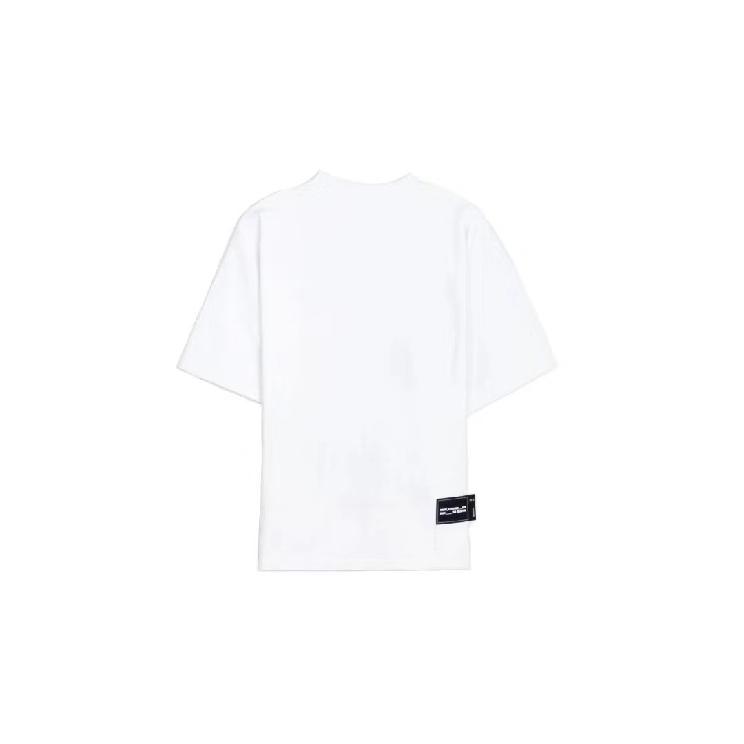 WE11DONE White Front Logo Tee | MADA IN CHINA