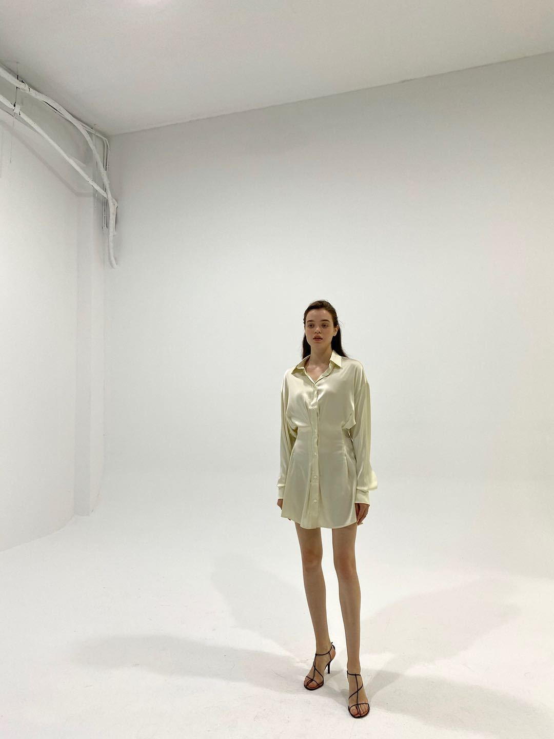 2208M DECAF White Slinky Dress | MADA IN CHINA