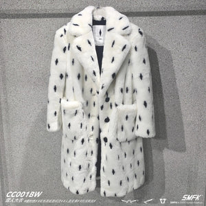 SMFK White Snowman Coat | MADA IN CHINA
