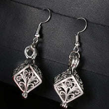 Load image into Gallery viewer, Essential Oil Diffuser Earrings - Global Shipping - Use THANKYOU for 20% off Entire Order.