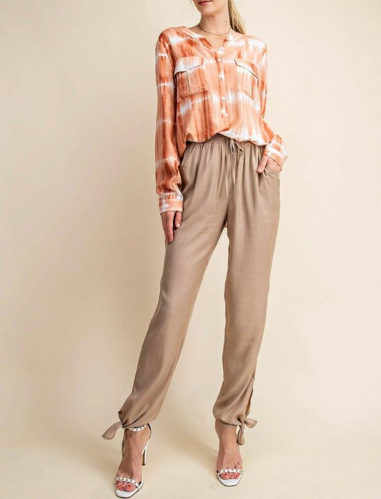 Camel Bottom Tied Pants