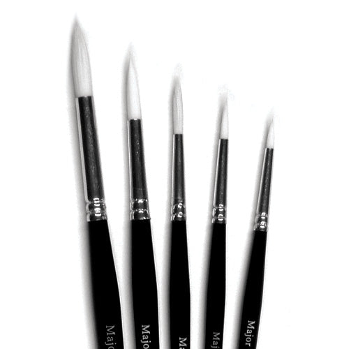 White Round Synthetic Brushes