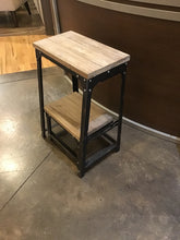 Load image into Gallery viewer, Industria Step Stool