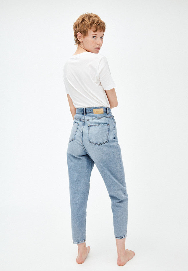 jeans mairaa mom fit faded blue