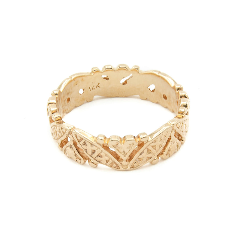 Vintage Handmade 14 Karat Yellow Gold Heart Motif Ring