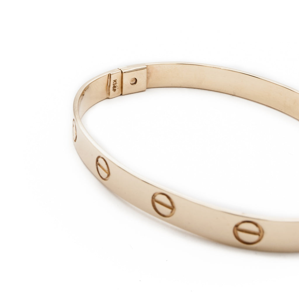 Romantic Bangle with Circle Motif