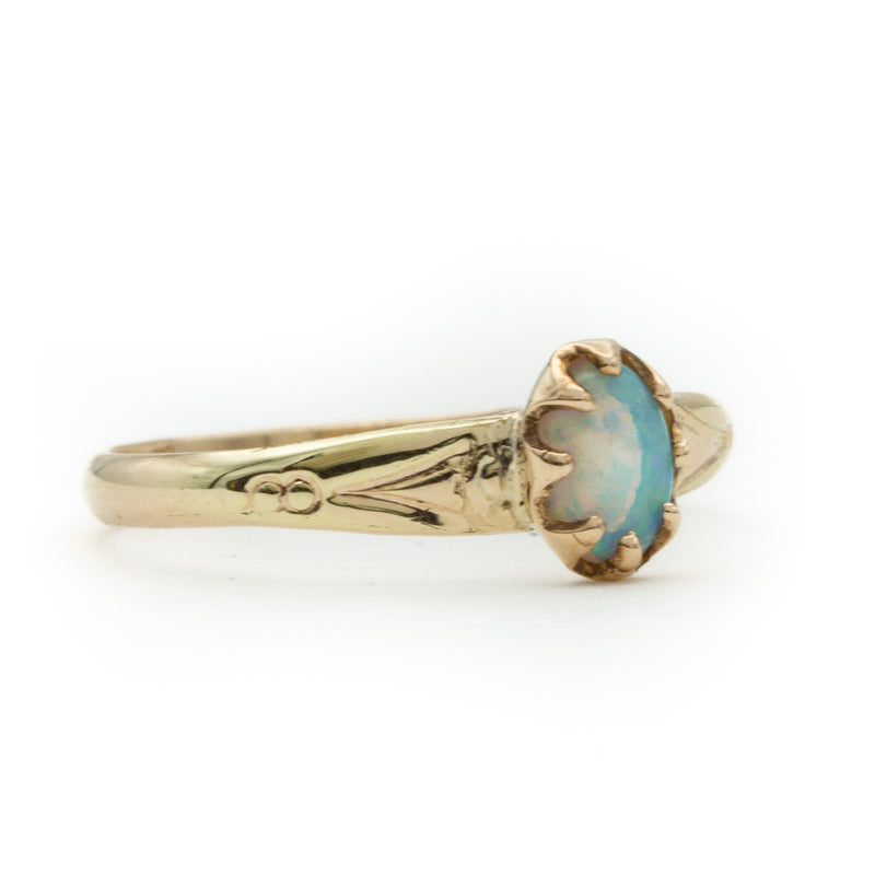 Antique Yellow Gold Opal Ring