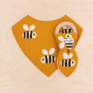 Big Buzz Dribble Bib & Big Buzz Teething Ring