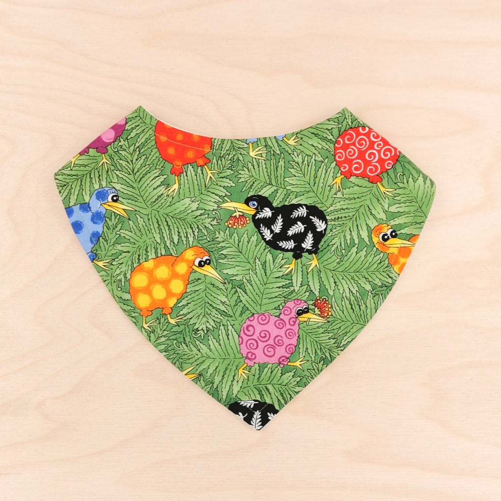 Colourful Kiwis Dribble Bib