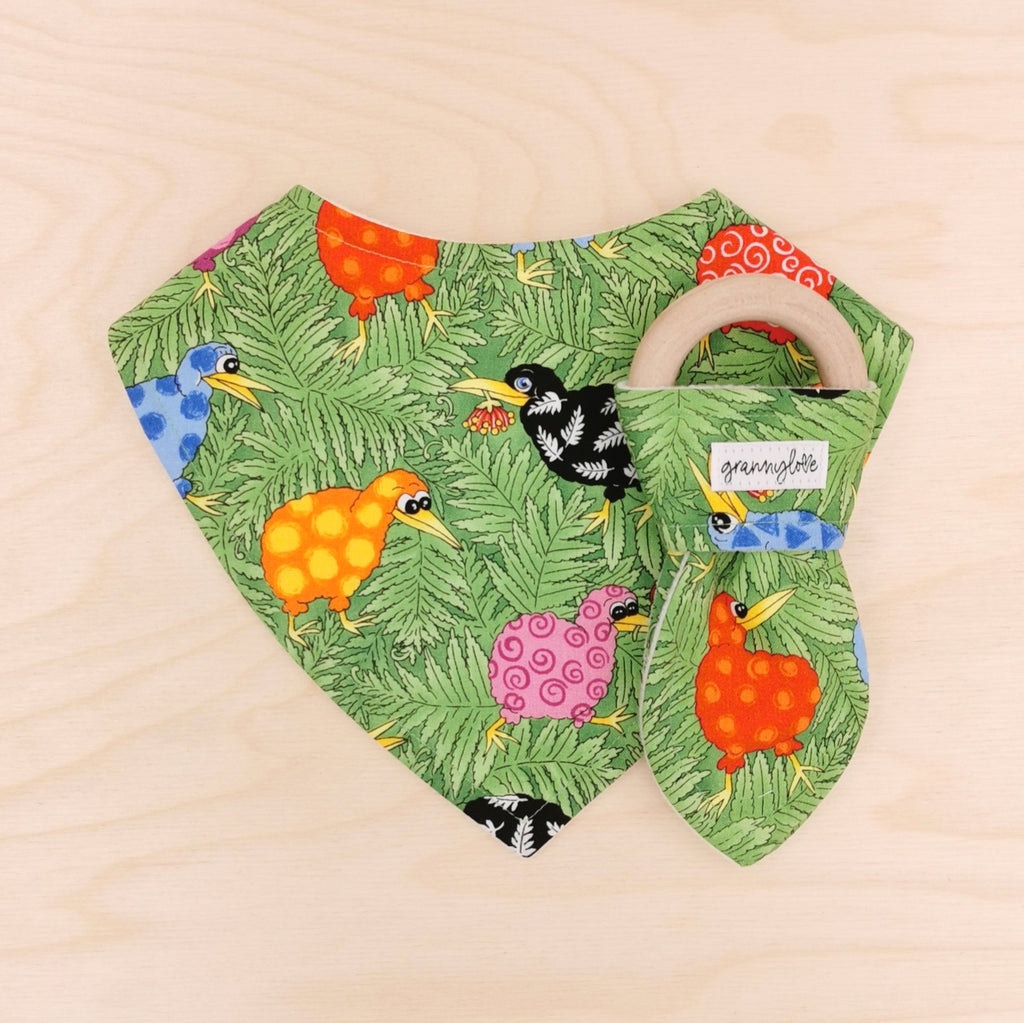 Colourful Kiwis Dribble Bib & Colourful Kiwis Teething Ring