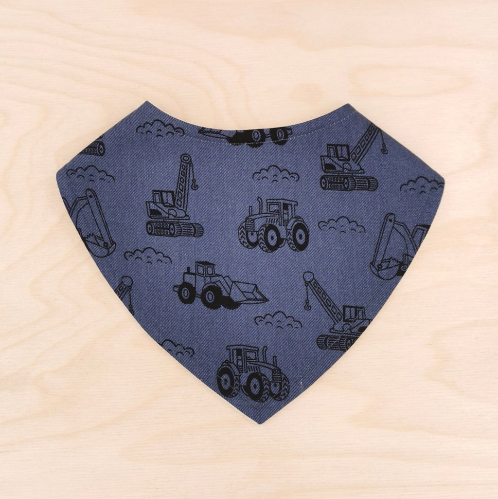 Cranes and Diggers Dribble Bib