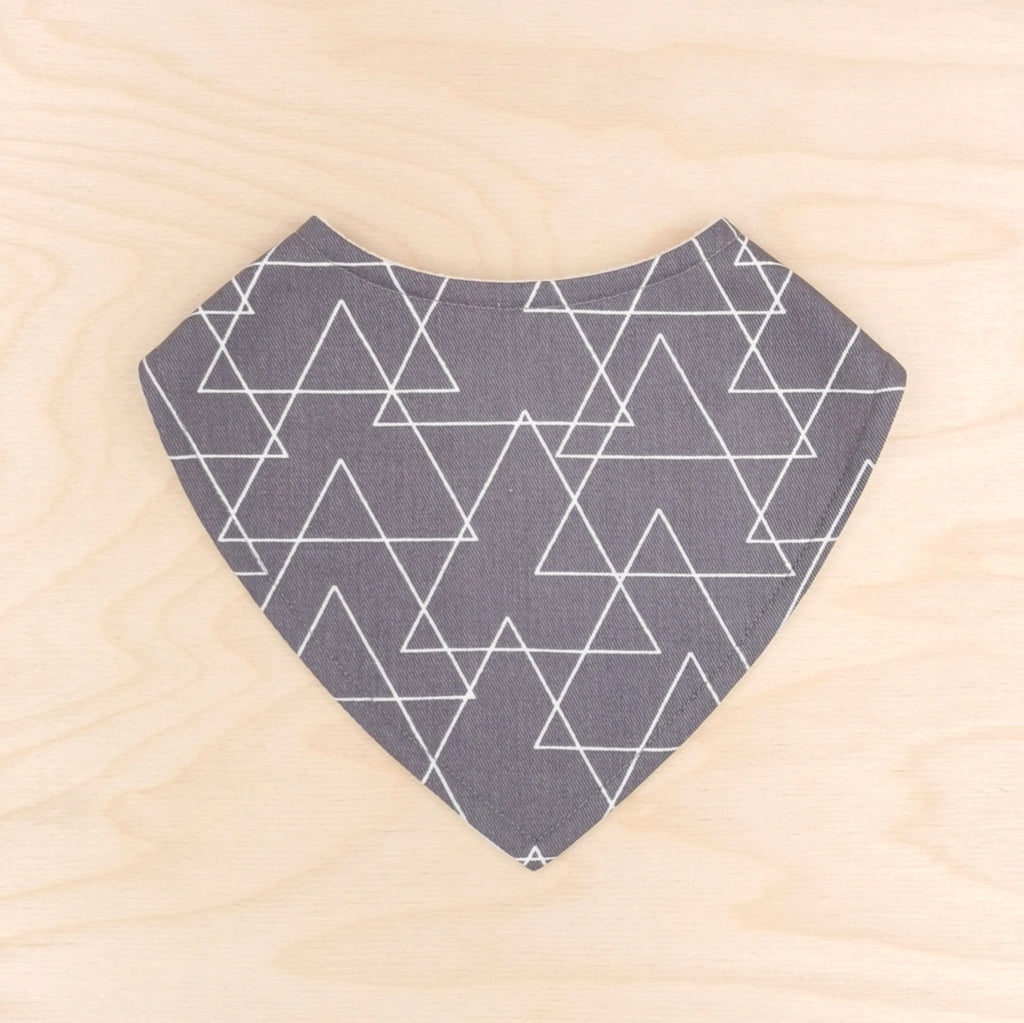 Grey Triangles Dribble Bib