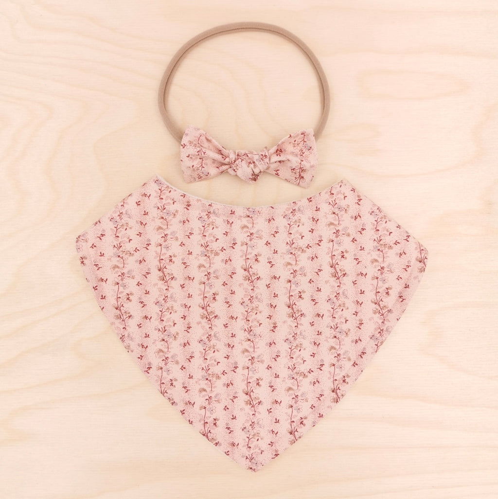 Nostalgia Wine Dribble Bib & Nostalgia Wine Little-Bow