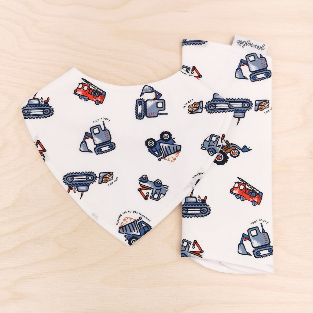 Toot Toot! Dribble Bib & Toot Toot! Burp Cloth