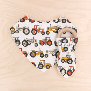 Tractors Dribble Bib & Tractors Teething Ring