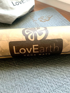 LovEarth Charcoal Travel Mat with bag