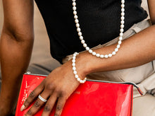 Load image into Gallery viewer, Champagne Pearl Bracelet