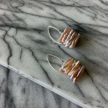 Load image into Gallery viewer, Sengigi Pearl Earrings