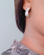 Load image into Gallery viewer, Joanna Statement Earrings