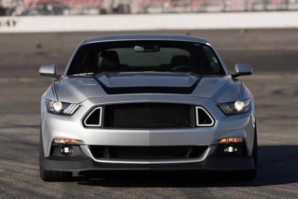 Mustang RTR Upper & Lower Grille w/ Lights Combo & Front Chin Splitter Bundle - RTR Vehicles