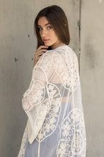 Load image into Gallery viewer, Contrast Mesh Cotton Lace Kimono