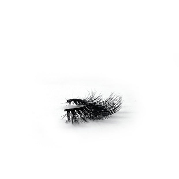 Woodward Faux M. Lashes