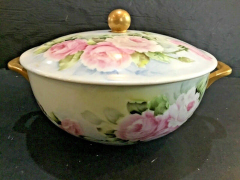 HOLIDAY FLORAL PORCELAIN HAND PAINTED CASSEROLE SERVING BOWL WITH LID