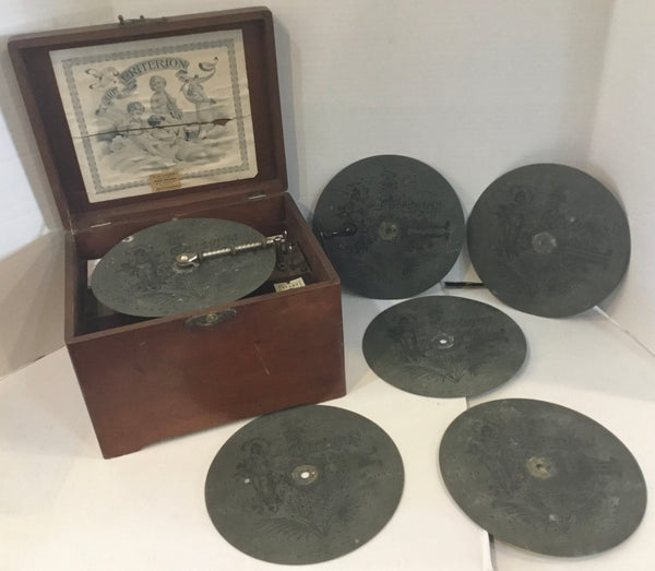 C. 1900 The Criterion Hand Crank Single Disc Music Player Box w/ 6 Discs (WORKS!)