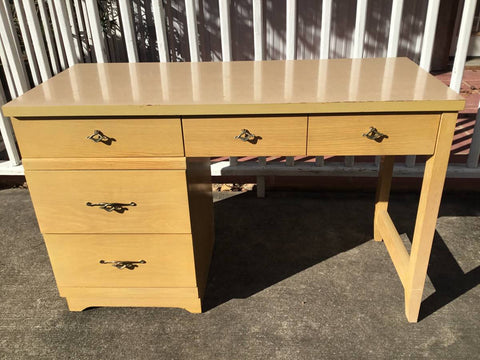 BALLMAN-CUMMINGS MID CENTURY WRITING DESK WITH 4 DRAWERS