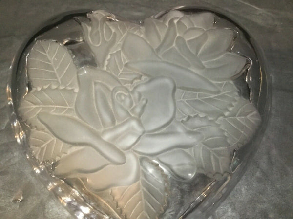 SET OF (2) CLEAR GLASS HEART SHAPED CANDY DISHES WITH FROSTED ROSE PATTERN