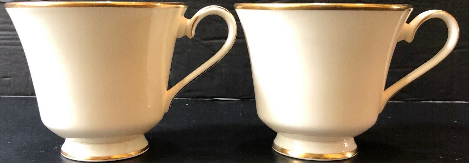 SET OF (2) LENOX IVORY AND GOLD HEATHER CUPS