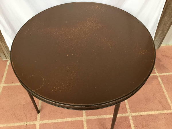 VINTAGE ROUND METAL GAME TABLE WITH FOLDING LEGS