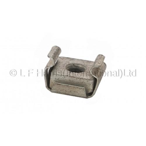 604154 - T140 SIDE COVER CAPTIVE NUT 5/16 UNF