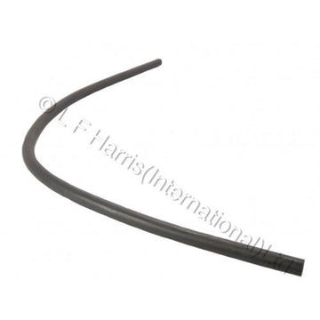 604409 - T140V REAR RESERVOIR HOSE 21
