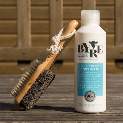 Byre Body Wash Full Cream with scrubber