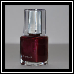 Nagellack, cool cassis