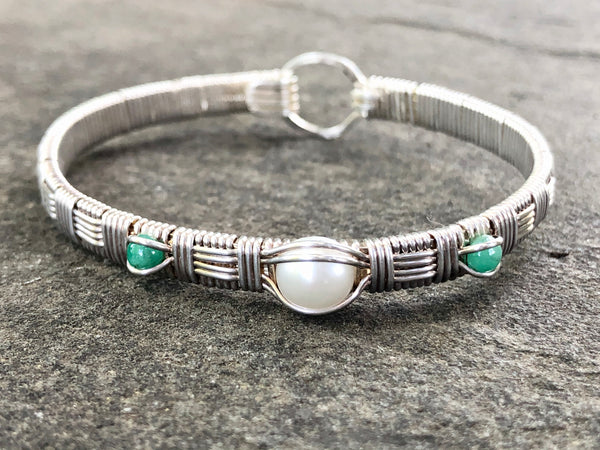 Pearl and Emerald Elite Three Stone Bangle Bracelet
