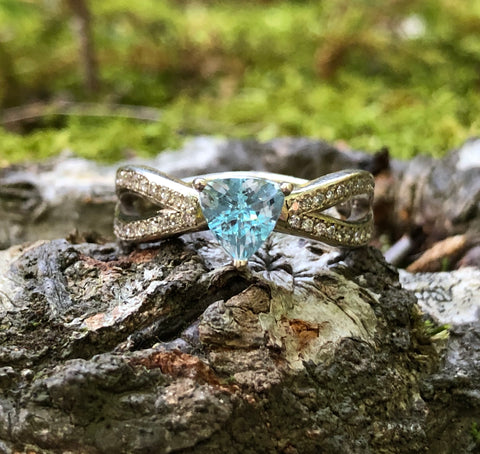 Paraiba Tourmaline Split Band Ring