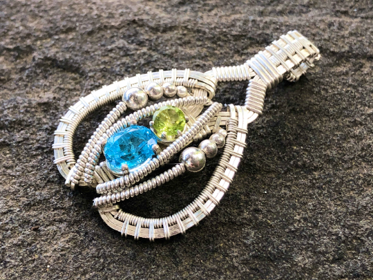 Swiss Blue Topaz and Peridot Pulse Amulet