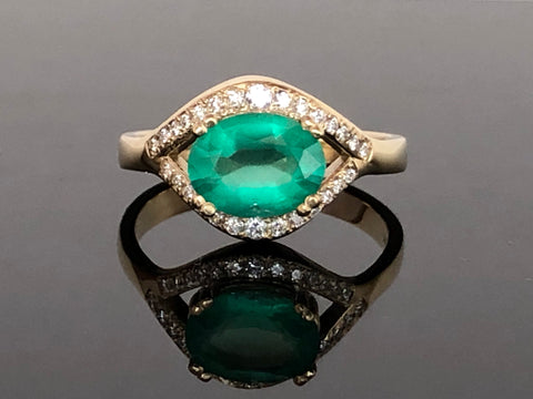 Emerald Flow Series Halo Ring
