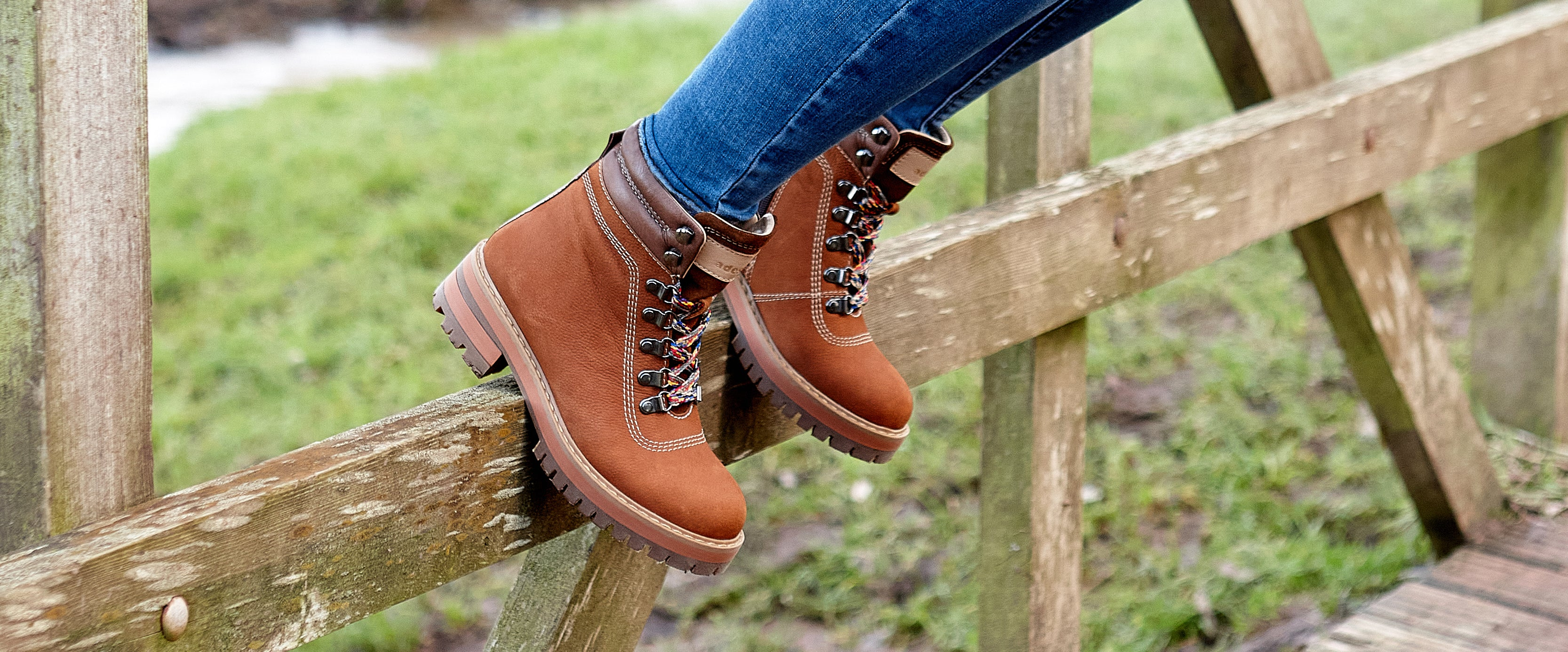 Adesso Boots - Womens