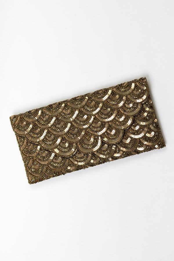 RD Beaded Sequin Scallop Clutch