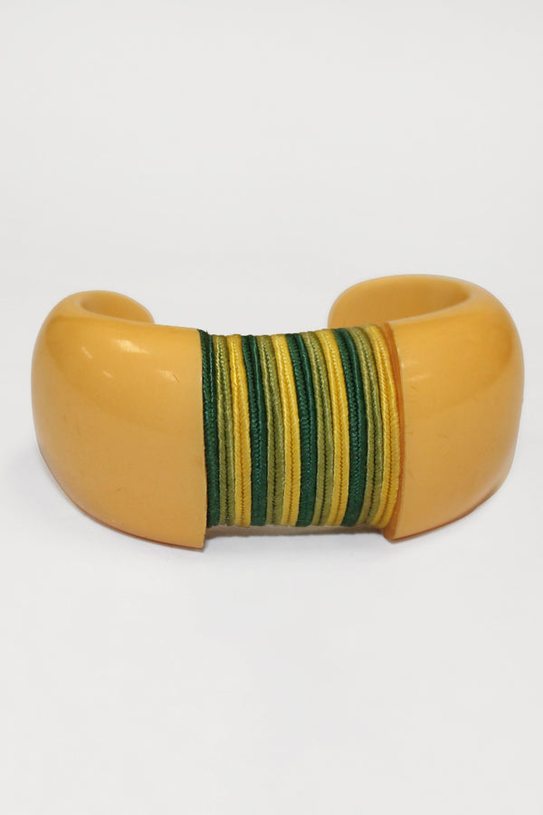Bakelite Estate- Thread Accent 1940s Vintage Bakelite Cuff Braclet
