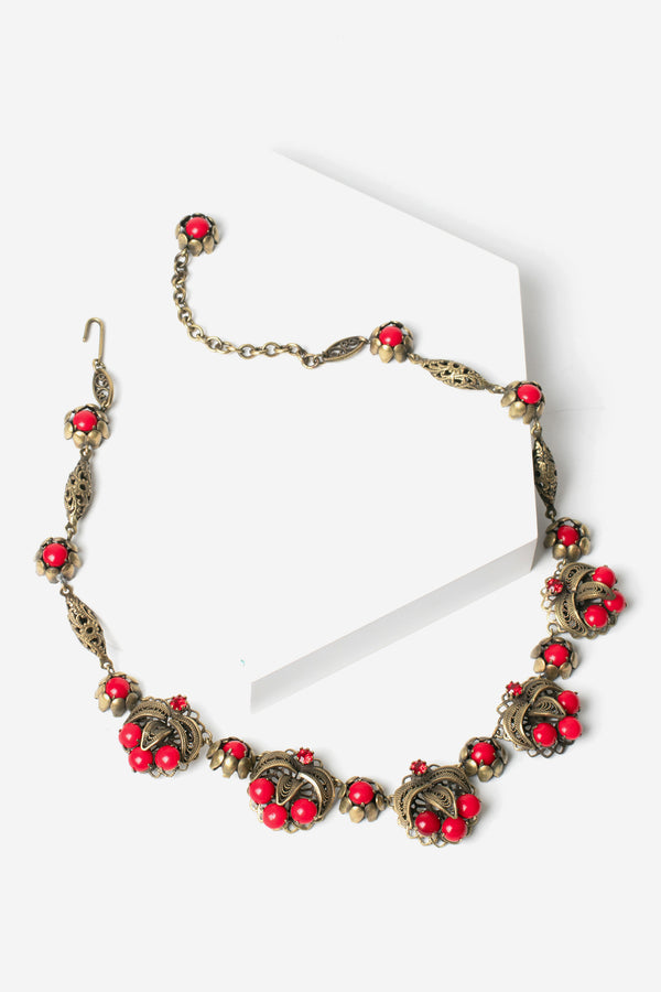 De Luxe Berry Chantilly Necklace - Brass