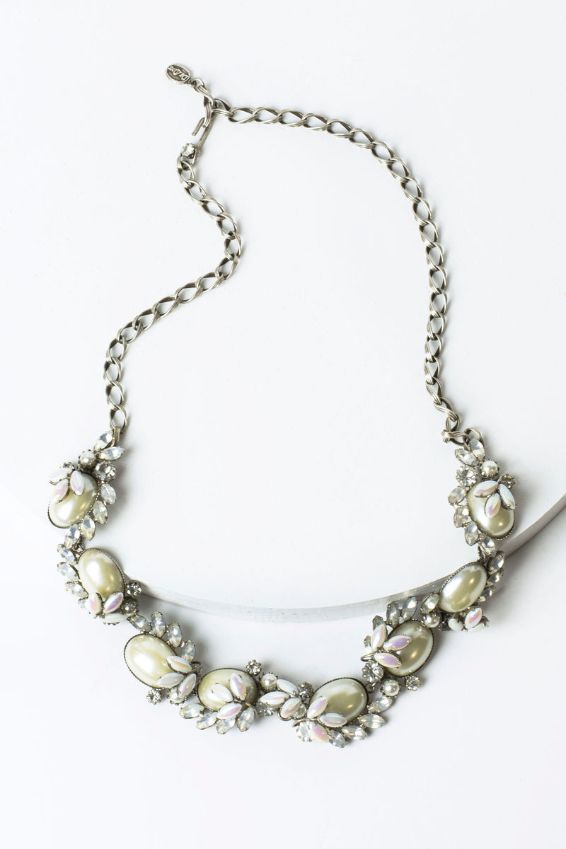 De Luxe Confetti Cluster Necklace