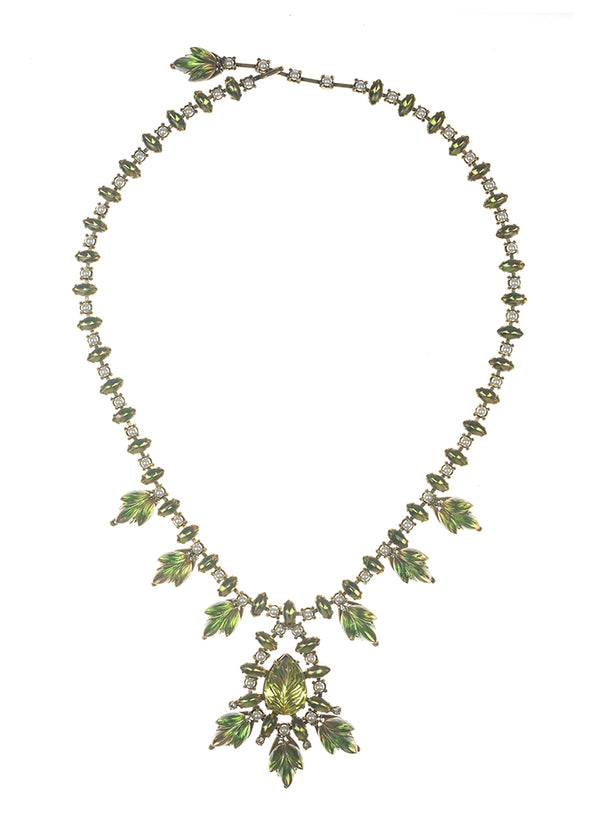 De Luxe Bardot Leaf Necklace