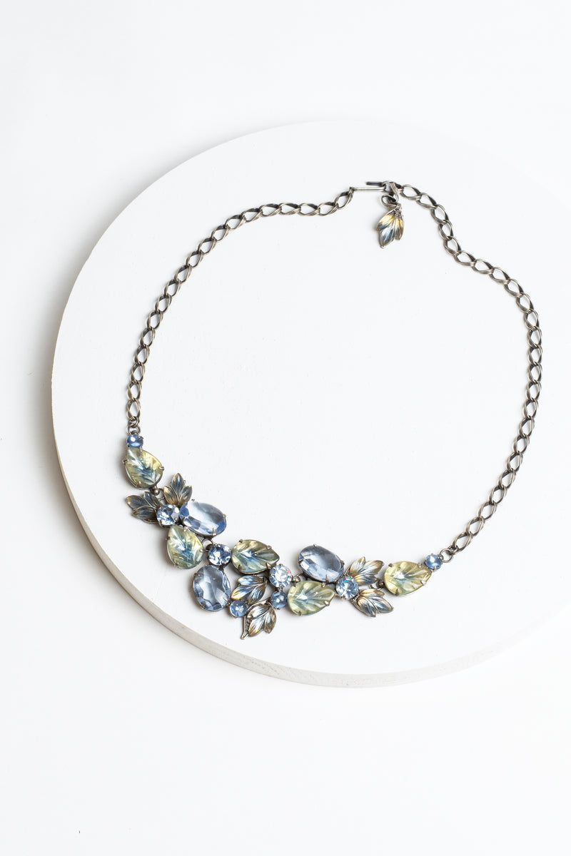 De Luxe Leaf Swag Necklace