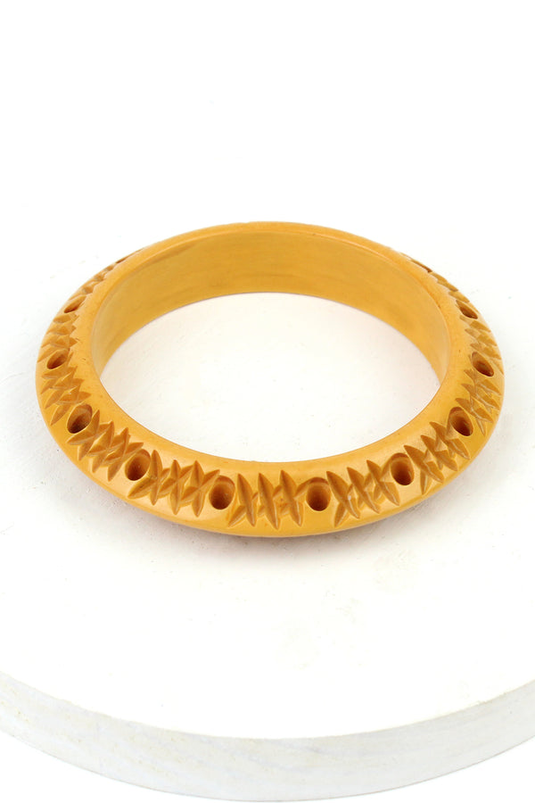 Bakelite Estate - Carved & Pierced Butterscotch Bangle