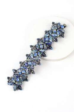 De Luxe Speckled Blue Glass Bracelet